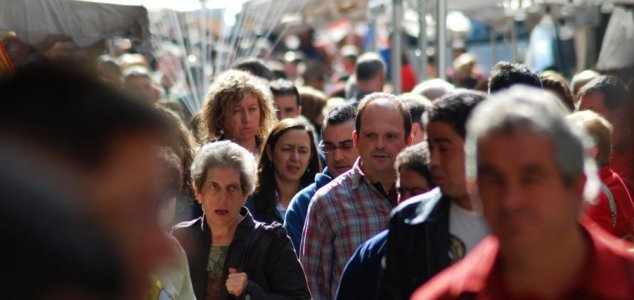 42 new 'mystery chemicals' found in humans News-crowds-population