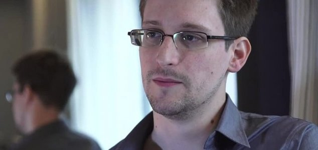 Snowden searched CIA's files for proof of UFO's News-edward-snowden