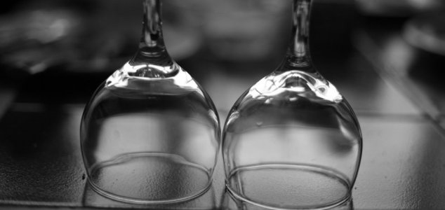 'Liquid glass' identified as new state of matter News-glasses