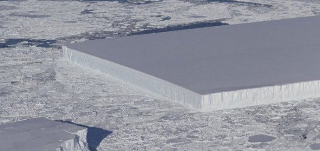 Perfectly square iceberg baffles the Internet News-iceberg-rectangle