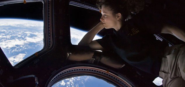 ISS to accommodate tourists for $35K a night News-iss-orbit