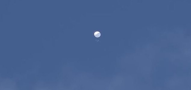 Japanese authorities investigate mystery object News-japan-balloon