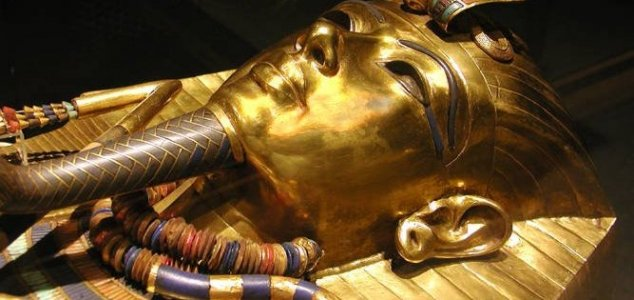Radar scans hint at King Tut hidden chamber News-king-tut-mask