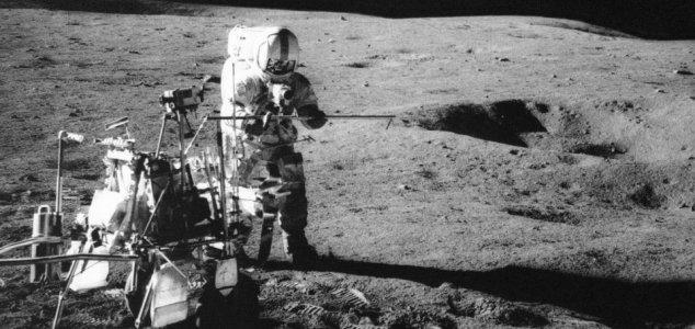 Golf on the Moon: 50 years since Apollo 14 News-moon-golf