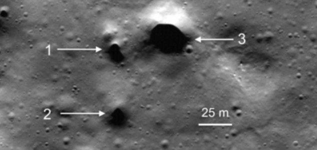 news-moon-holes-2.jpg