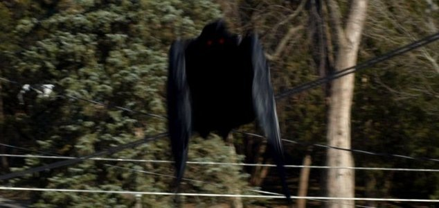 Human-like flying creature sighted in Chile - Unexplained Mysteries