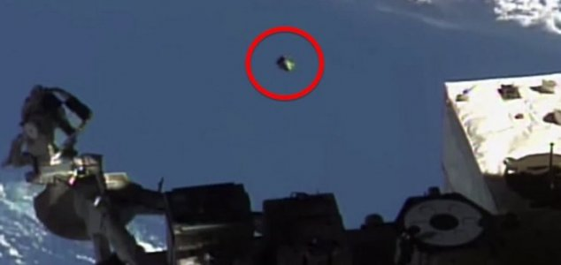 Did NASA really film a UFO outside the ISS ? Scott C. Waring says Yes! News-nasa-iss-ufo