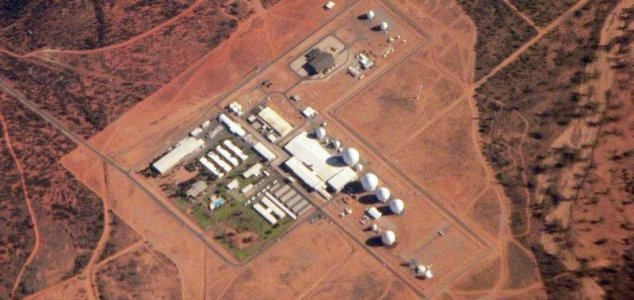 lol Here we go again - Hundreds sign up to storm Australia's Area 51 News-pine-gap