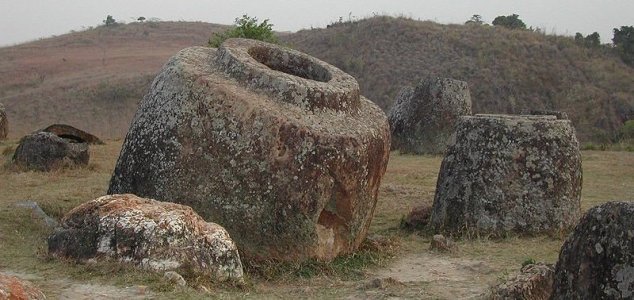 More mystery 'jars of the dead' found in Laos News-plain-jars