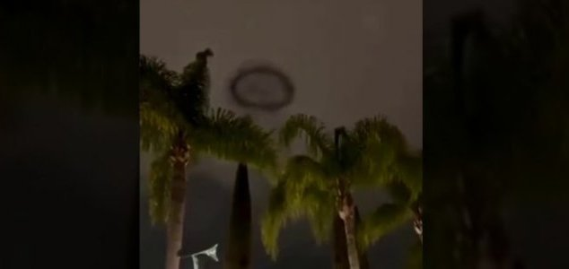 Black ring sparks UFO reports at Disneyland  News-smoke-ring-disney
