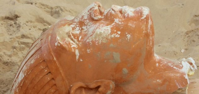 Large sphinx head unearthed in California - Unexplained Mysteries