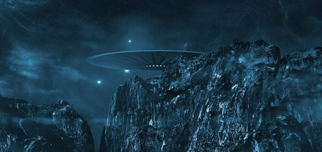 Navy officer saw 'two-mile-wide UFO' over base News-ufo-mountains