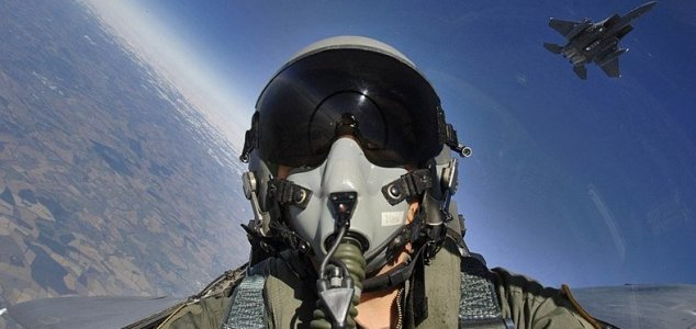AATIP head: 'Pentagon has more evidence' News-us-air-pilot