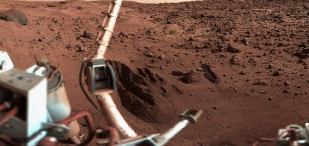 NASA scientist: 'We already found life on Mars' News-viking-mars-self