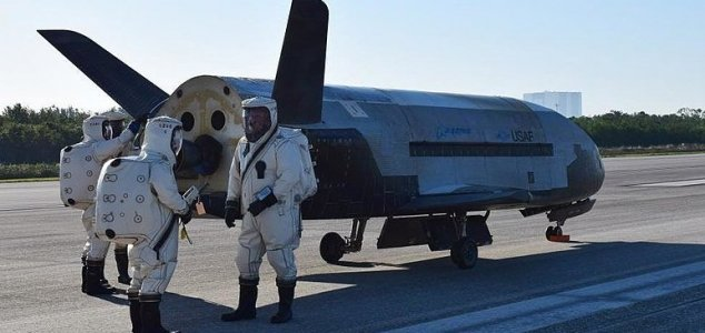 X-37B set to launch on new mystery mission News-x-37b-runway-4